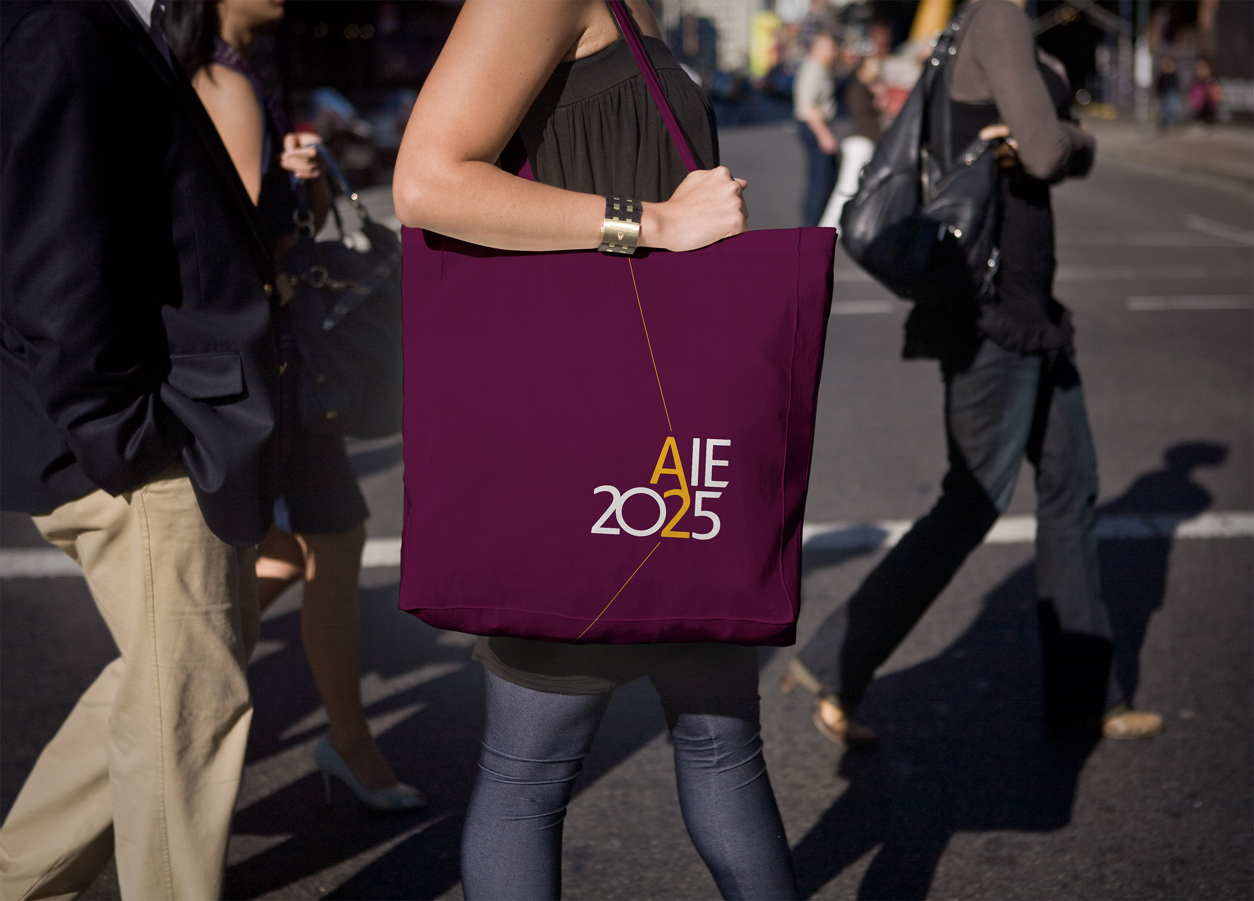 aie2025-tote